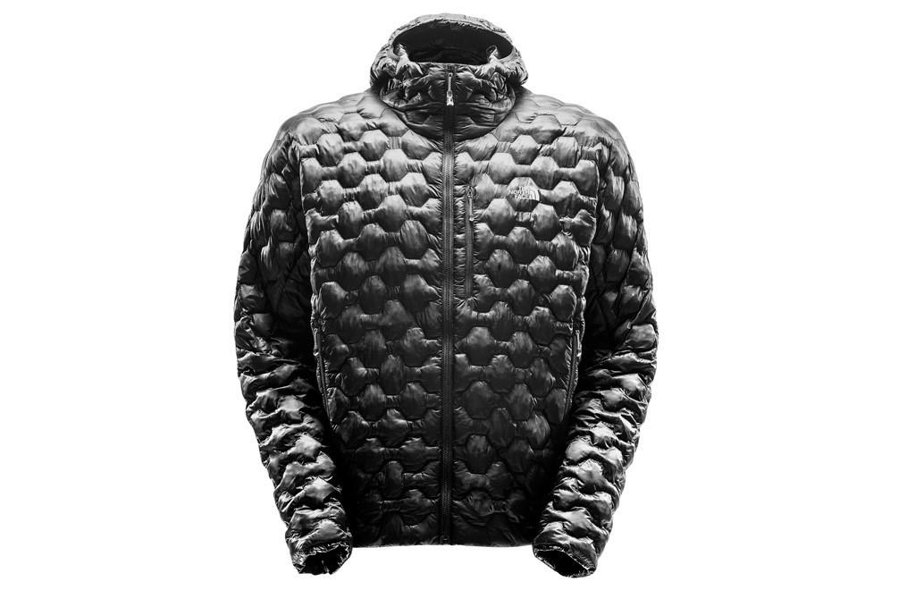 de-10-beste-gear-items-die-q-james-bond-mee-zou-moeten-geven-The-North-Face-L4-jacket-Limited-Edition