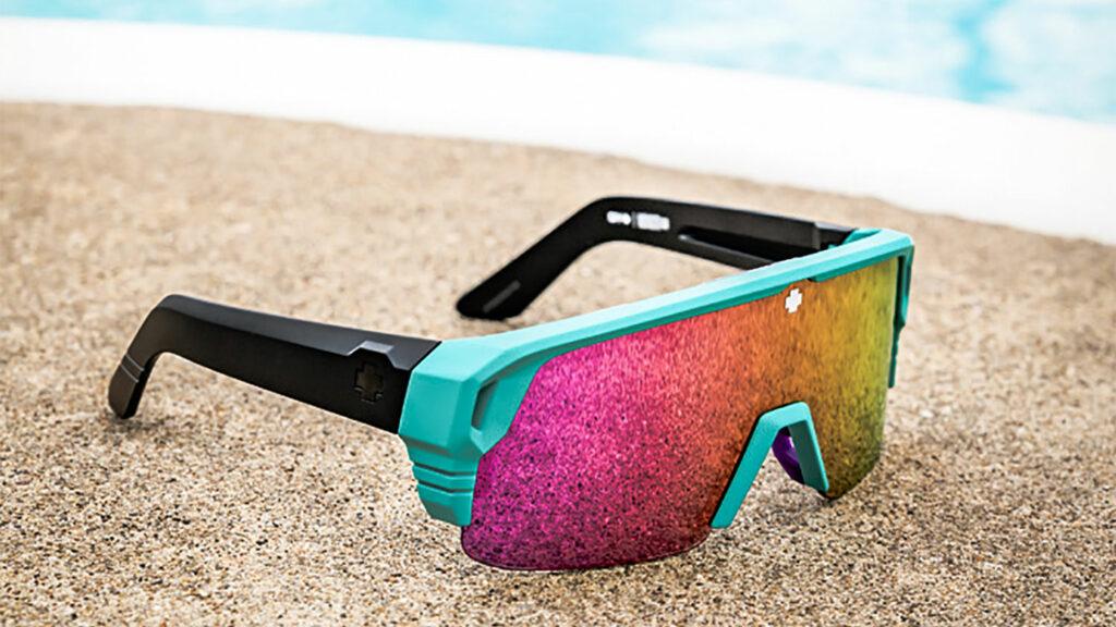 GearBite: De nieuwe SPY+ Monolith zonnebril