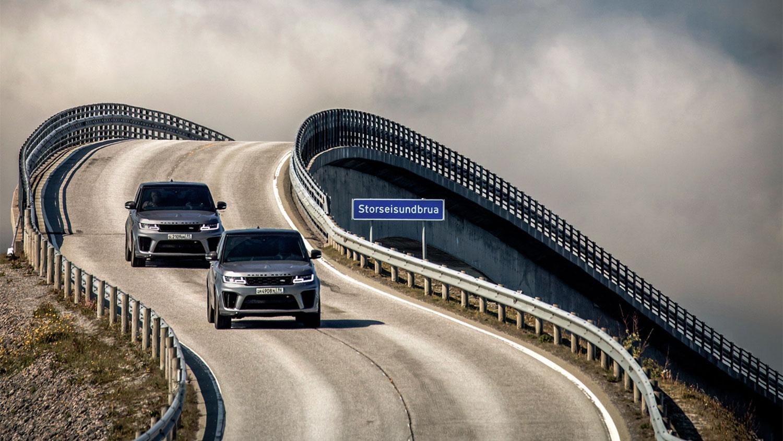 Offroad met de Range Rover SVR in de nieuwste James Bond-film No Time To Die